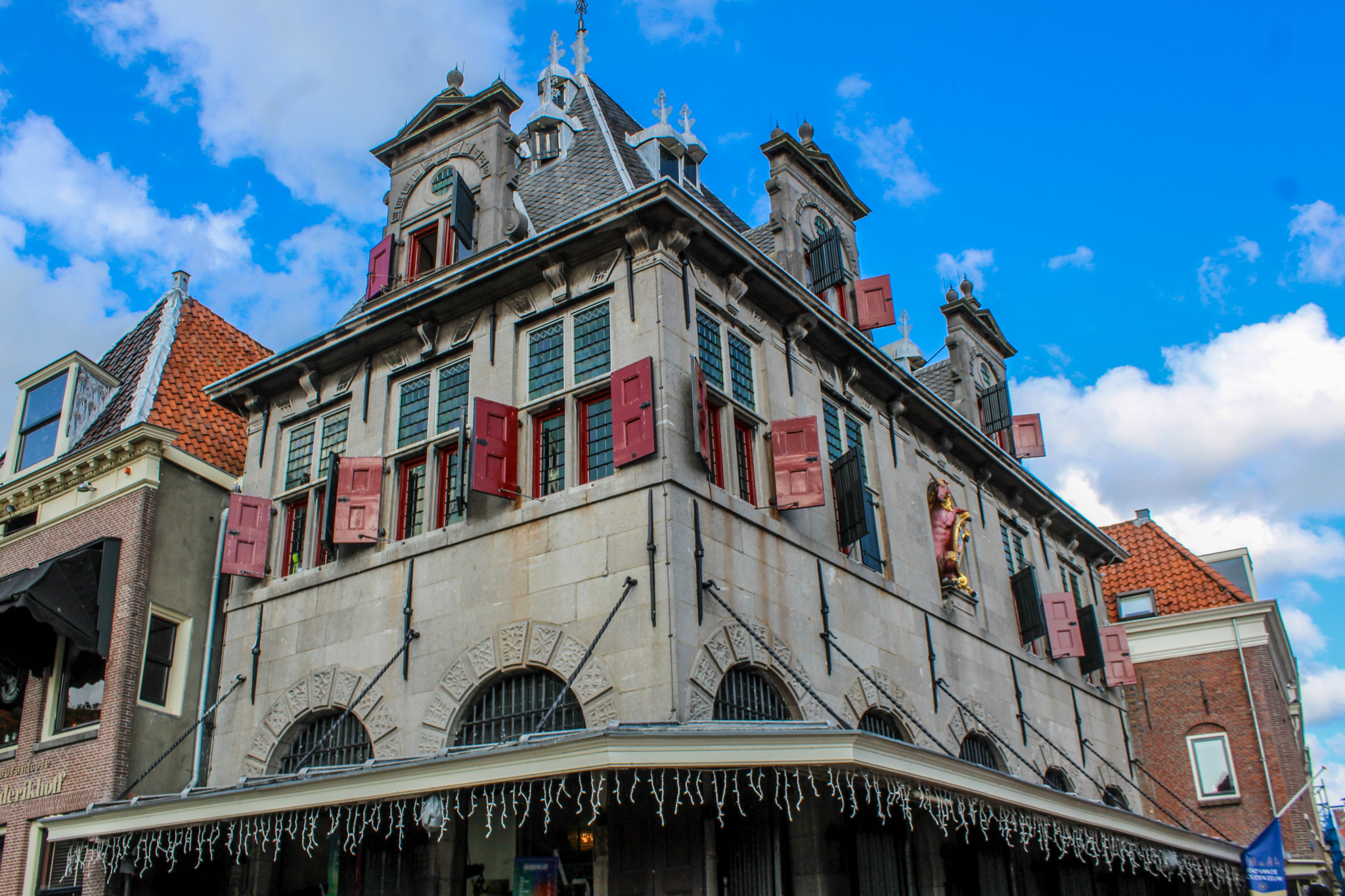 even taking photos of great houses is one of the best things to do in hoorn