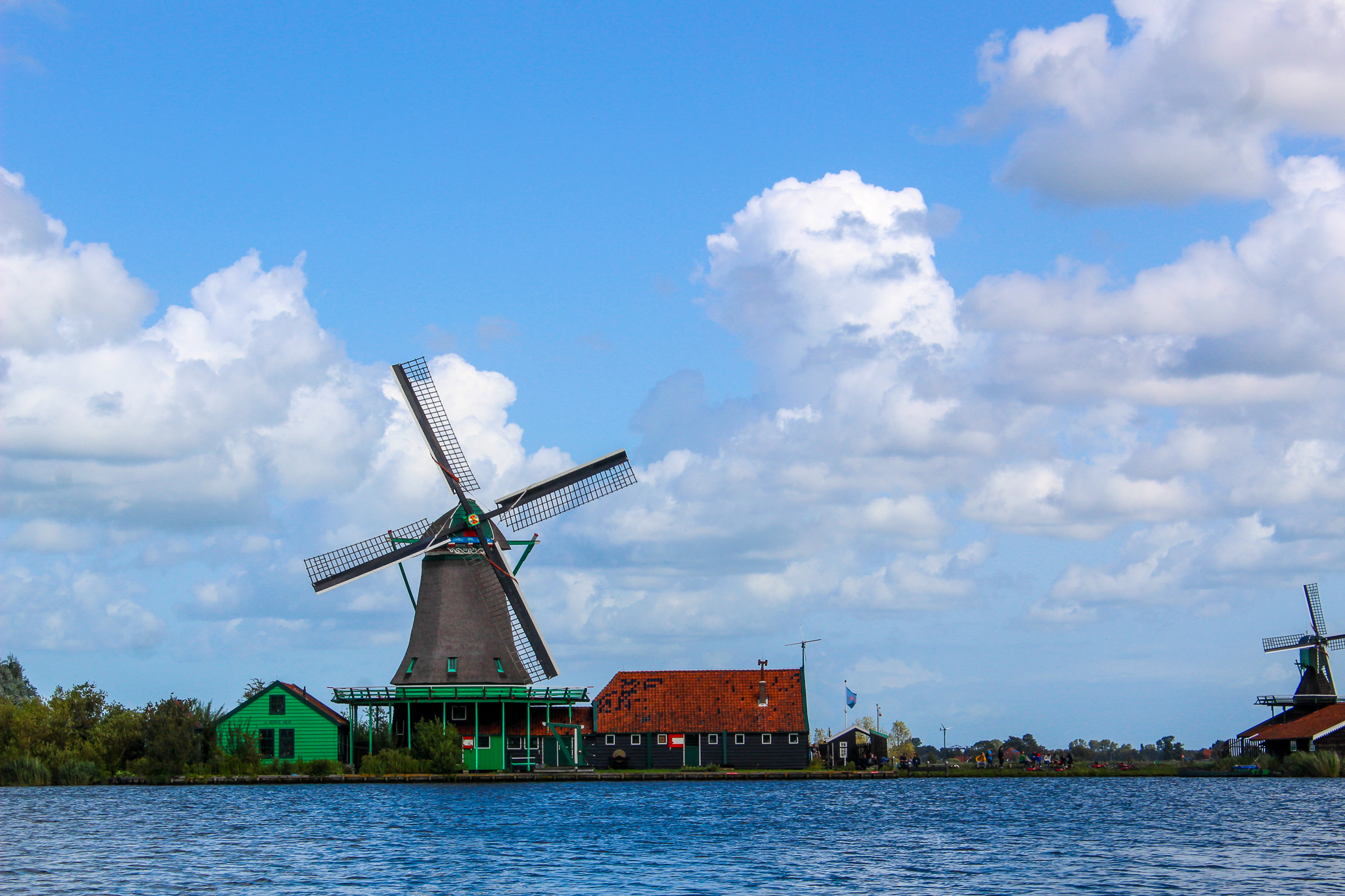 day trips from amsterdam mean seeing windmills, lots of windmills