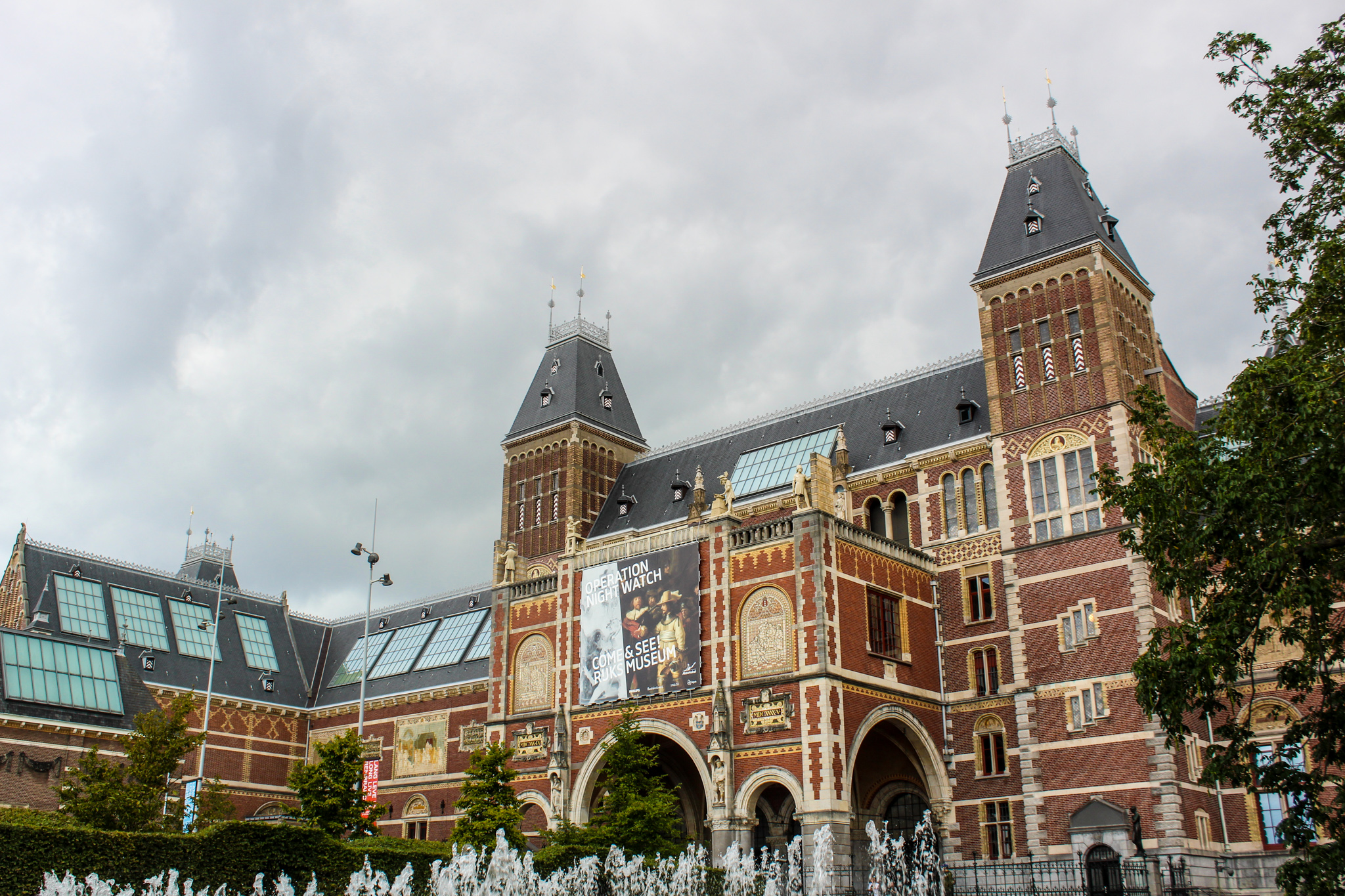 amsterdam worth visiting for the museums
