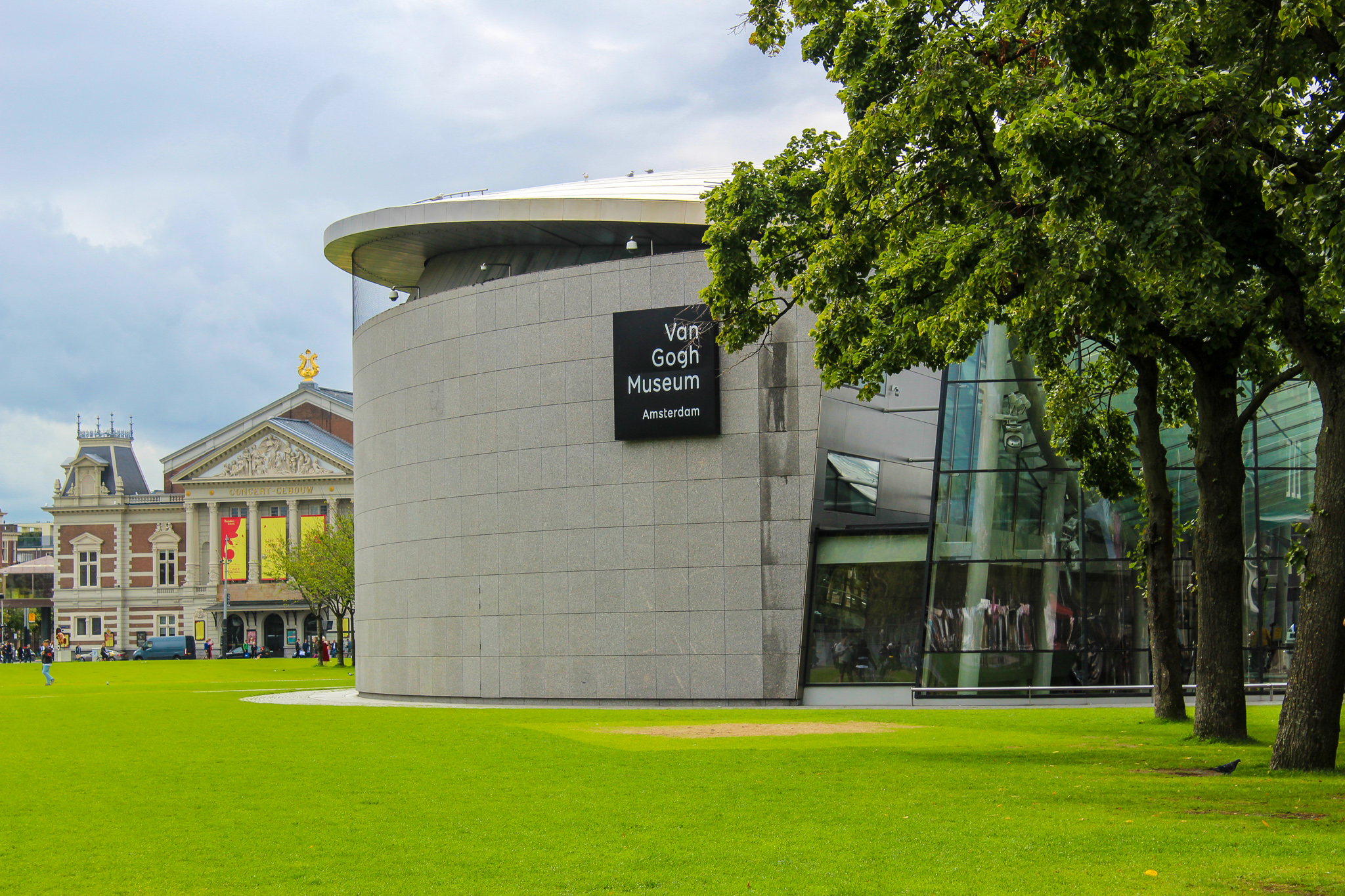 see the van gogh museum with 2 days in amsterdam