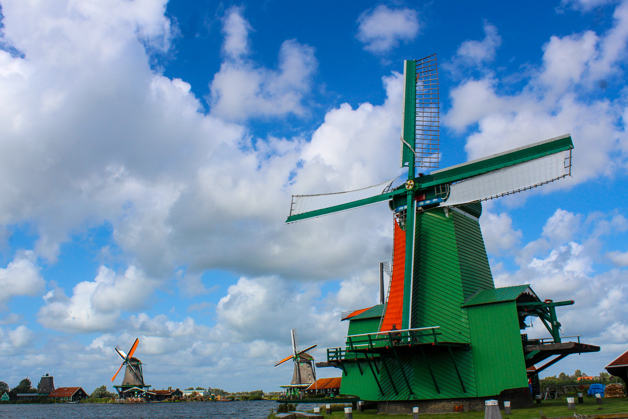amsterdam in 2 days itinerary includes taking time to go to the windmills