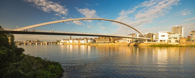De Hoge Brug in #Maastricht