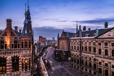 View of Magna Plaza and De Nieuwe Kerk from W Amsterdam