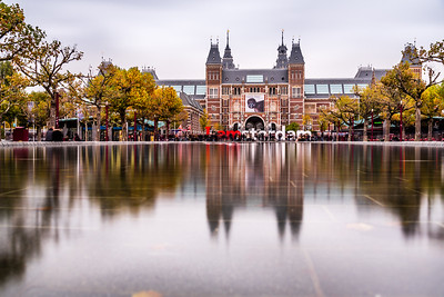 "View of Rijksmuseum and ""I amsterdam"" letters"