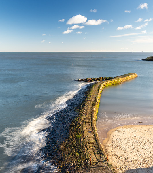 Cullercoats Harbour breakway