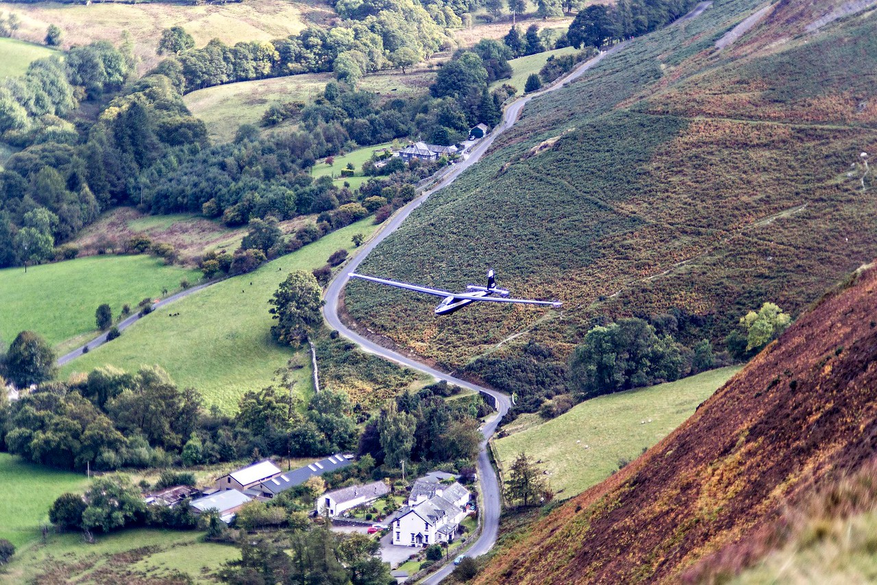 Barrow : Glider Flying Over Stoneycroft