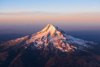 First Light on Oregon Cascades