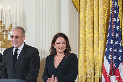 Emilio Estefan and Gloria Estefan .