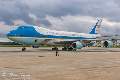 Air Force One Lands at RIC