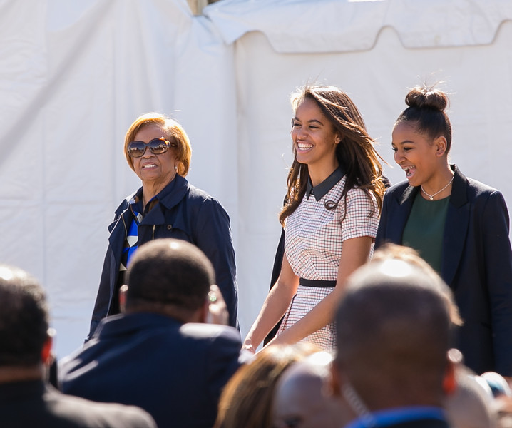 Marion Robinson,  Malia and Sasha Obama