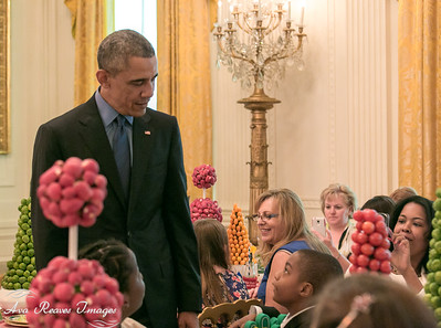 It is so nice to see these young children meeting the President of the United States.  This is Corey Jackson Jr., age 10 from Fairburn, Georgia