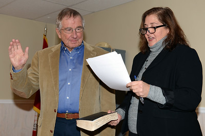 Mantoloking, New Jersey Councilman E. Steve Gillingham being sworn-in to office on 01/03/2019. (STEVE WEXLER/THE OCEAN STAR).