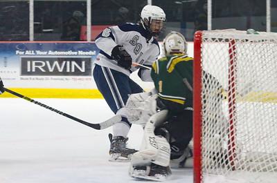 no.6, Aidan Tolnai Manasquan hockey v/s Red Bank Catholic in Wall, NJ on 2/6/19. [DANIELLA HEMINGHAUS | THE COAST STAR]