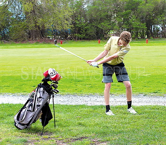 Boro Golf 04/27/2017: Brian Hawthorne age 16 from Point