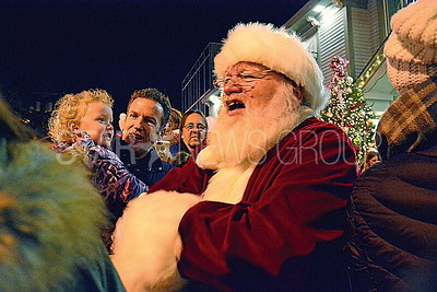 santa greeting the kids