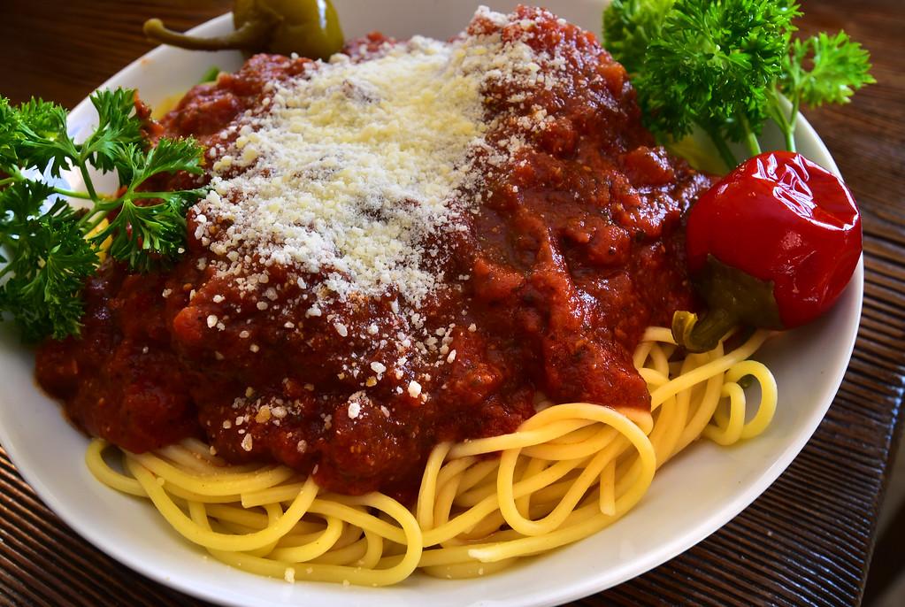 . Spaghetti and Meatballs the Old Oak Coffeehouse in Niwot. Paul Aiken Staff Photographer Nov 8, 2017