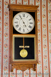 antique wall clock - 5 to 5 - adobe RGB