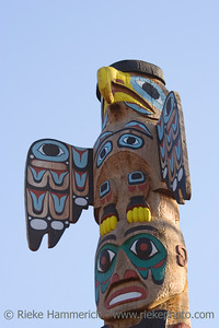 totem pole - north american tribal culture - adobe RGB