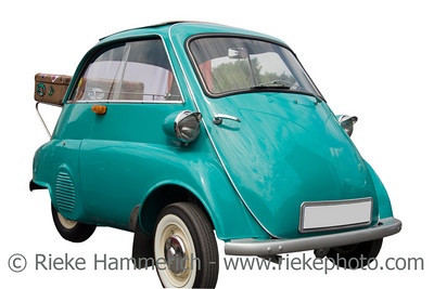 BMW Isetta with an old case - Vintage German Tricar - ready for vacation