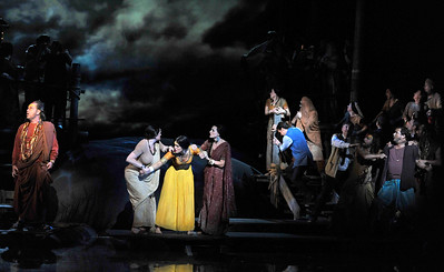 ENO The Pearl Fishers Company (c) Robbie Jack