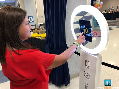 Easy to use Selfie Station