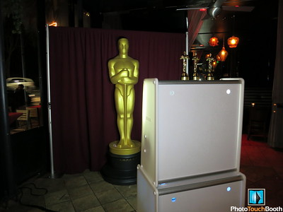 Oscar Wrap Party with our 8 ft Oscar borrowed from the Oscars