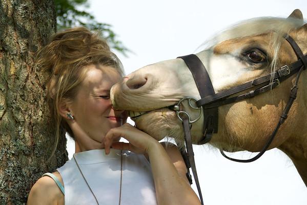 Rachel Bomphrey & Teddy, Portrait