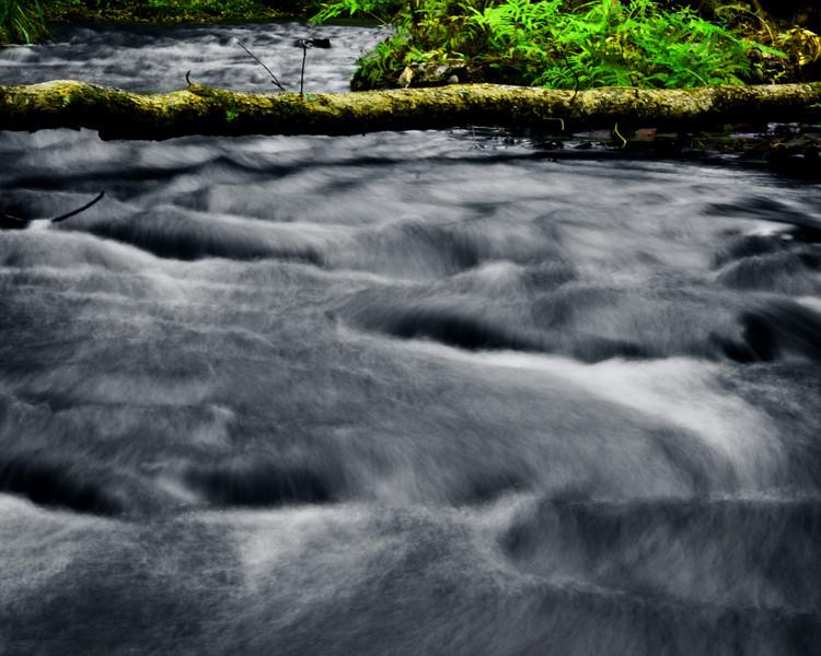 "In a New Light Pioneers: Dakota, 15 - ""Water Under the Log"""