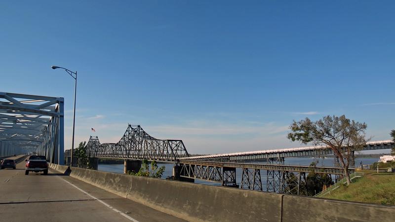 The old Vicksburg Bridge.