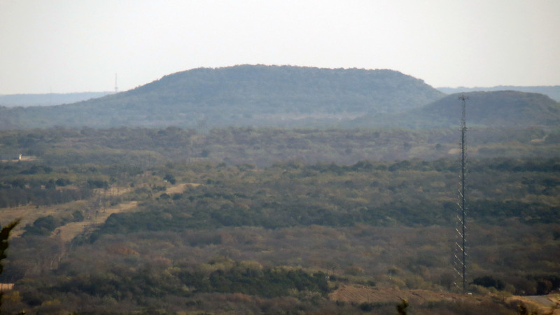 I was starting to see more and more of the flat-topped hills as I traveled further west.