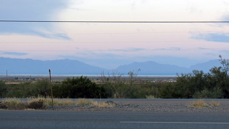 Turning the other direction pointed me to the west and the San Andres Mountains.