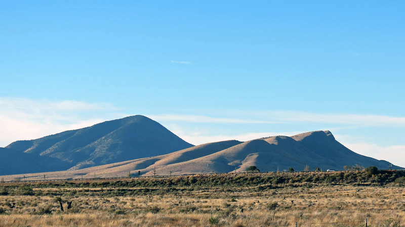 On my right were (L) Cub Mountain (7,877 feet), and (R) Willow Hill (6,792 feet).