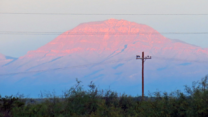 Zooming in on Salilnas Peak (8,965 feet).