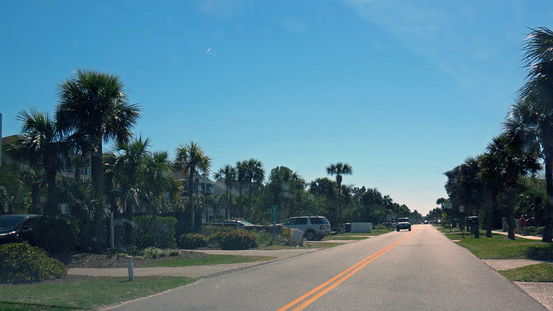 Once onto the Isle of Palms, we headed south along Ocean Boulevard.