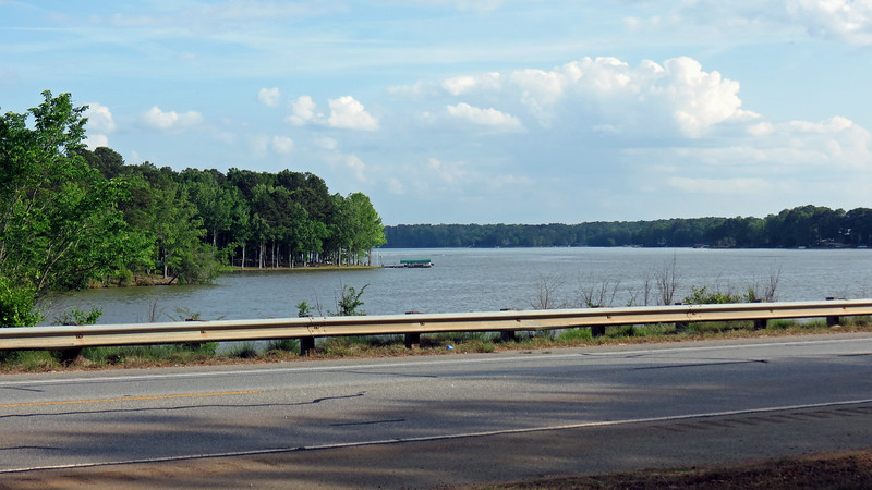 The photos above and below look south out over Lake Oconee from GA Route 44.