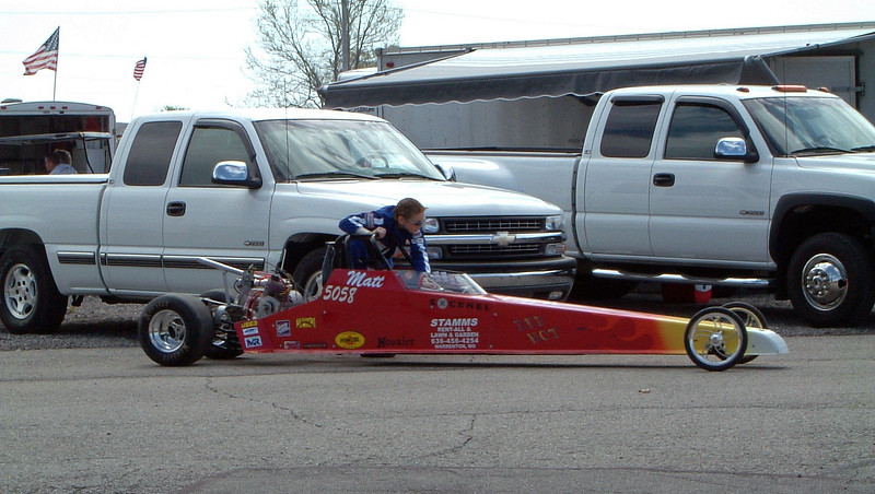 I believe these dragsters made an eighth-mile pass, and some of them reached speeds of 70 mph.  This is awesome !  Where was this when I was a kid ?