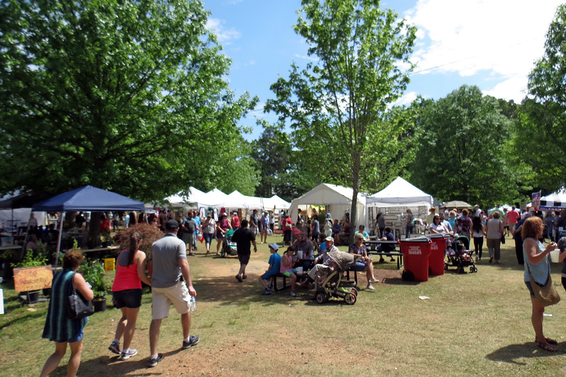 All of the events and activities typically found at an arts festival were present and accounted for.  Vendors of all shapes and sizes were scattered throughout the park.