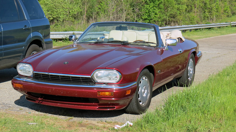 I took the XJS out for a cruise in the Lake Oconee area near Madison, Georgia.  US Route 278 crosses over the lake in two spots, one of which has a small area to park and take a few pics.