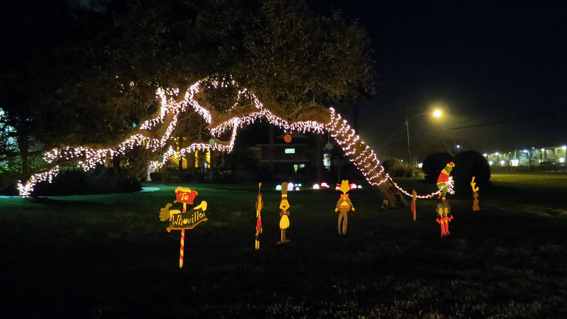 Other residents of Whoville completed the display.  This was great !