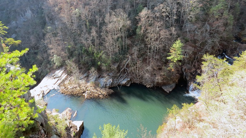 The Hawthorne Pool that sits in between L' Eau D' Or and Tempesta Falls is named for a Reverend Hawthorne of Athens, Georgia who, in 1837, was swept over Tempesta Falls while swimming in the river at this point.