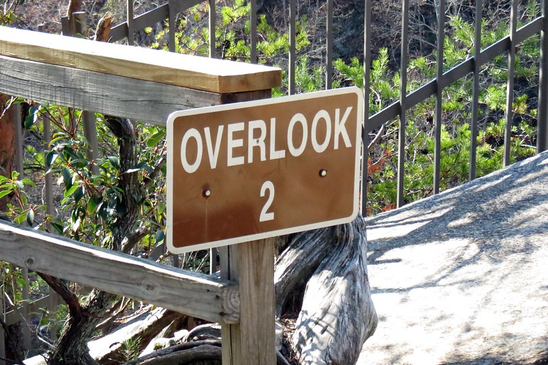 I started down the grade and soon arrived at Overlook 2