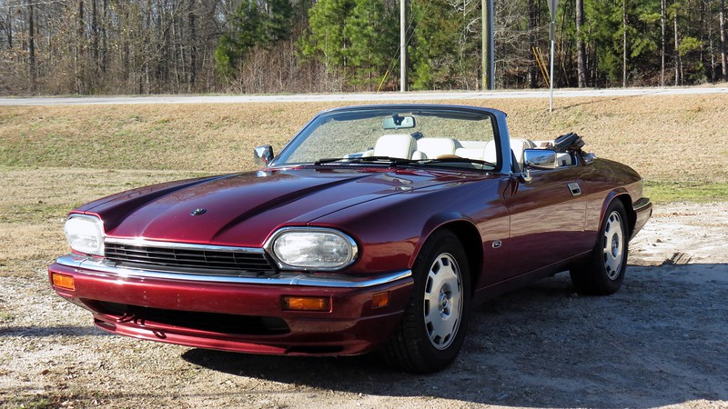 I took the Jag out for a cruise on this beautiful 65 degree winter day, and stopped at the Bear Creek Reservoir in nearby Jackson County.