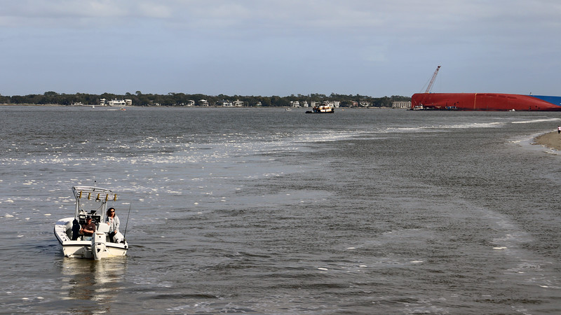 As you would expect, the capsized cargo ship has become quite the tourist attraction.  And from what I read, it's going to be there for a long while.  More on that later when we get to Driftwood Beach.