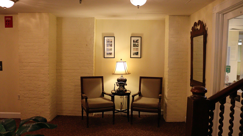 The photo above shows another small seating area, this one on the lower level of the hotel.