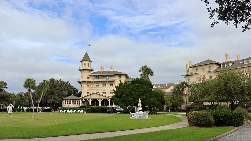 The Jekyll Island Club was born in 1886 as a private winter retreat for a group of wealthy northerners.  The 60-room clubhouse with its distinctive turret was designed by Charles A. Alexander.