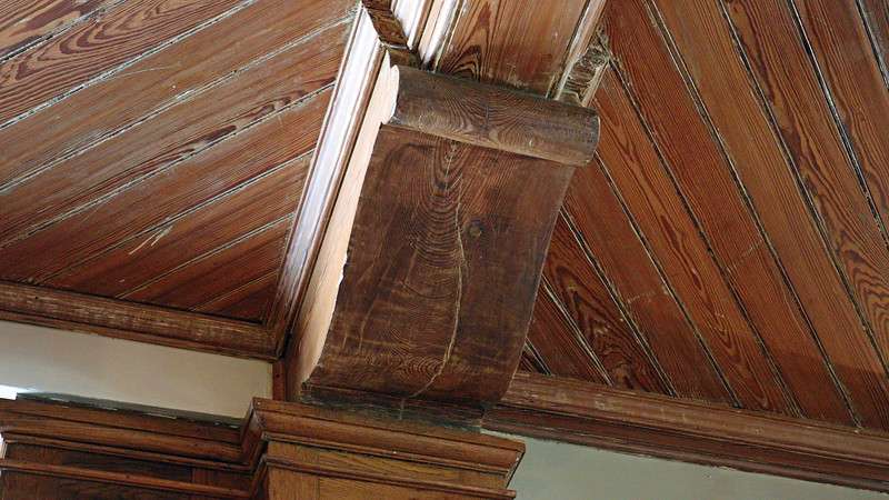 Details in the woodwork.