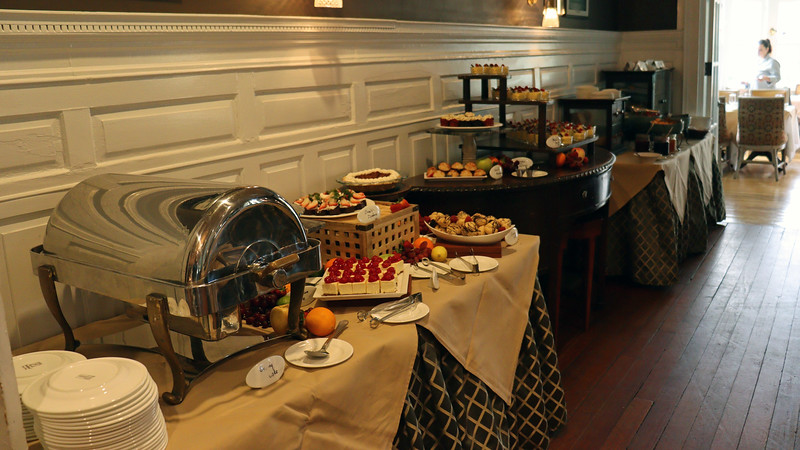 The food stations are set up in the forward area of the dining room.  The dessert station sat next to the entrance.
