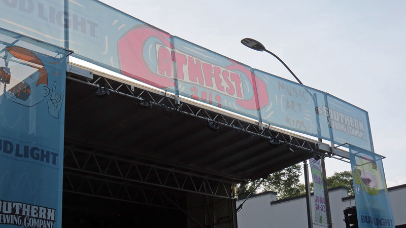 This year, the main stage was set up at W. Washington and Pulaski Streets downtown.