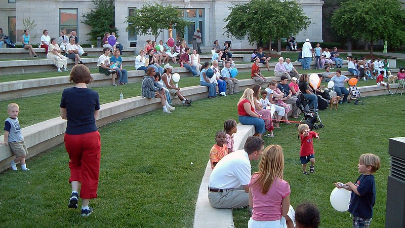 The amphitheatre at the courthouse is a popular spot for music.