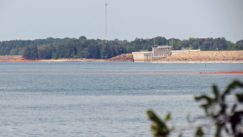 Looking back at the Hartwell Dam Overlook where we were a few minutes earlier.